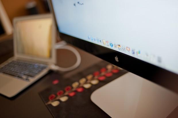 Post image for Przywrócenie zachowania MacBooka z zewnętrznym monitorem sprzed Liona