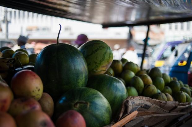 Targ warzywno-owocowy