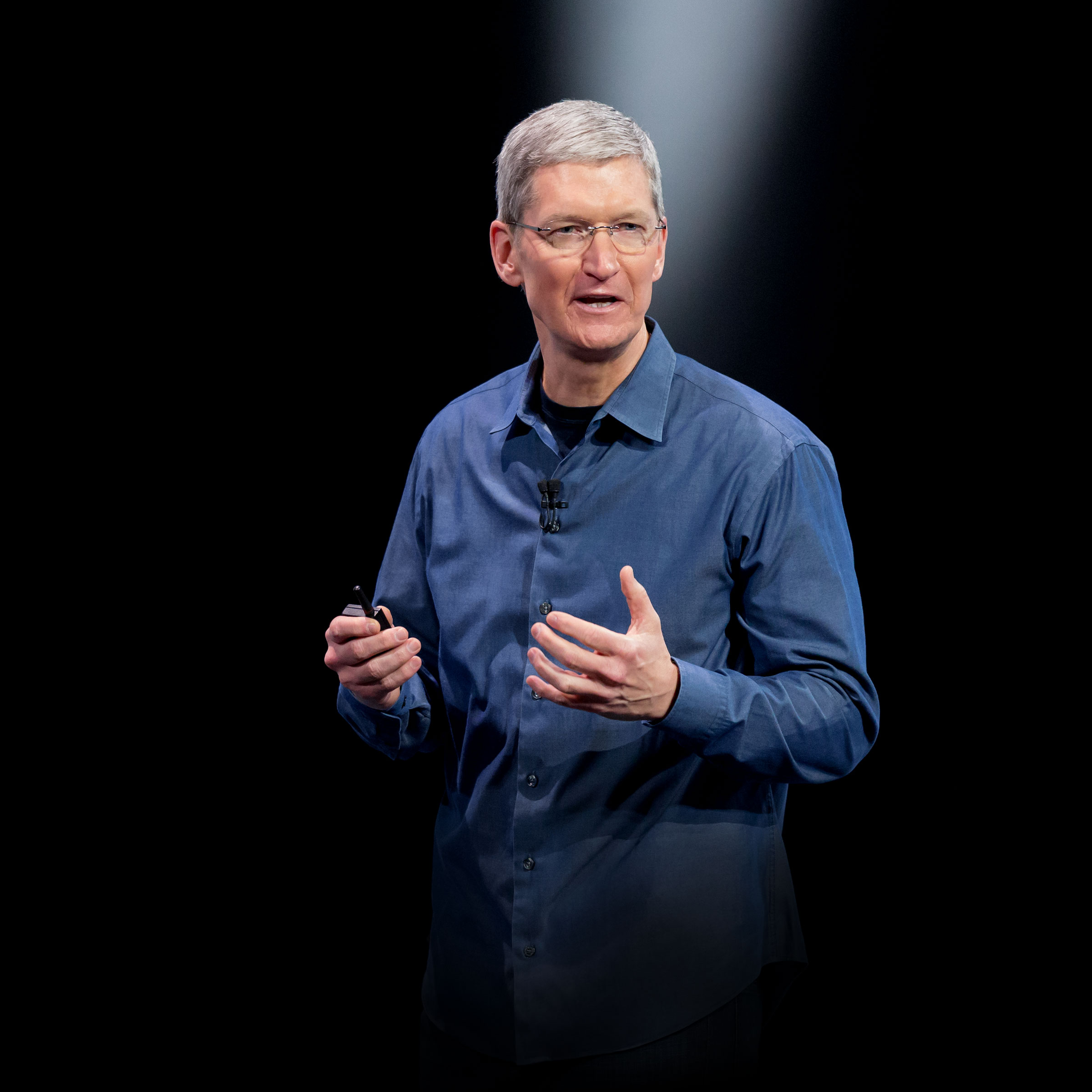 Tim Cook hero 2400px
