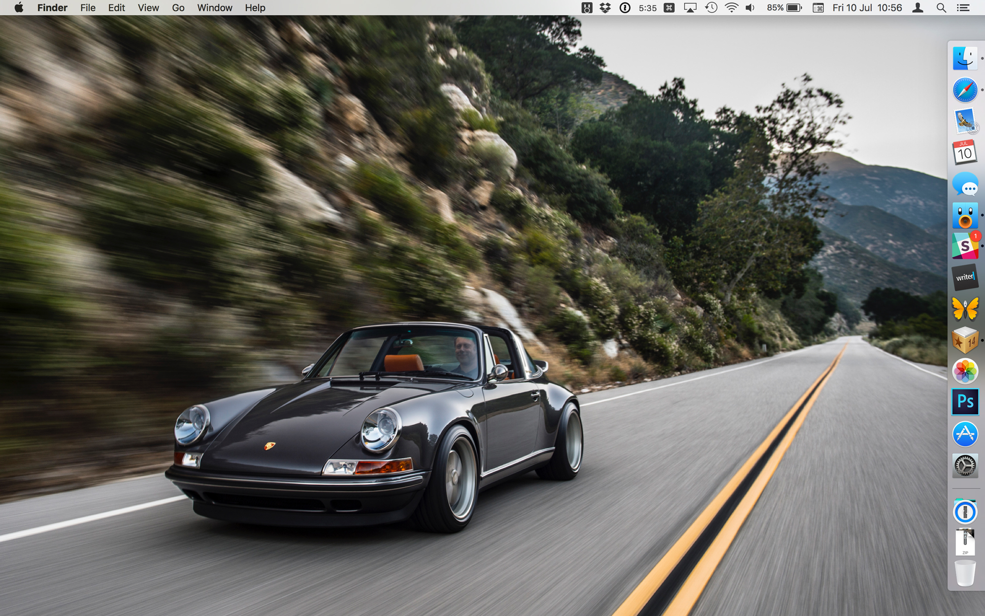 OS-X-El-Capitan-Desktop-with-Porsche-hero