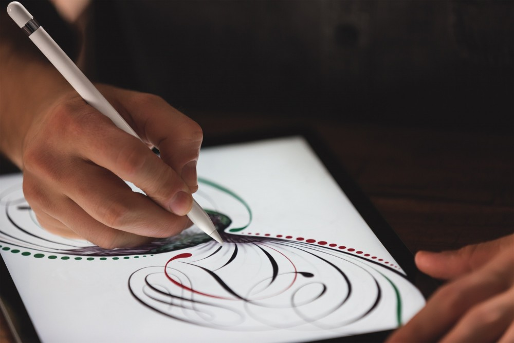 iPad-Pro-Pencil-drawing-hero-02